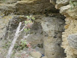 cavernes-village-troglodyte