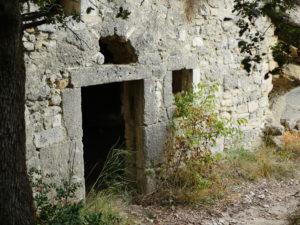 porte-entree-maison-village-de-barry